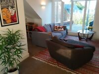 Fully furnished, Modern, Airy 1 Bedroom apartment - Top Floor - Norbury - Bills included