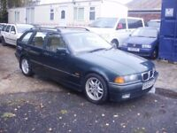 2.5I AUTO , RUNS AND DRIVES SUPERB , BEEN SAT FOR A YEAR , APPRECIATING CLASSIC , DRIVE AWAY BARGAIN