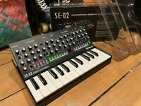 Roland Boutique SE02 + KM-25 Keyboard + Decksaver