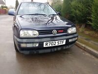 VW Golf Mk3 16v 1997 Spares or Repairs. Engine sound. Requires welding and t.l.c.