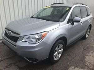 2016 Subaru Forester 2.5i Convenience Package ALL WHEEL DRIVE...