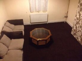 2 bed flat to rent armley