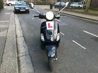 PIAGGIO VESPA LX 125cc Black 55 plate priced to sell no offer !!!