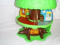 Vintage 1970's Tree house by Palitoy in box