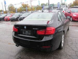 2013 BMW 328 i xDrive | LEATHER | ONE OWNER London Ontario image 7