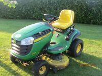John Deere Sit on Lawnmower X45