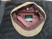 Men's tweed hat