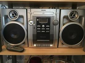 Philips stereo. Full working order.