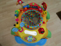 Sit in baby walker, plays music and has 3 adjustable heights