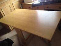 Oak Gateleg Extendable Dining Table
