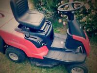 Mountfield 827m ride on mower with Briggs and Stratton engine 2013