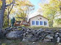 Bull Lake, Arden ON, Waterfront 4 season Cottage, 3 bdrms, bath