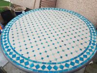 MOSAIC ROUND GARDEN TABLE AND 4 CHAIRS