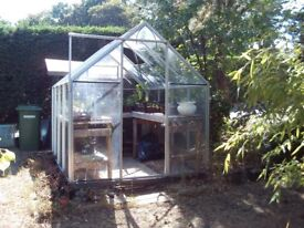 Great greenhouse - approx 8 x 6