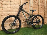 Kona Stinky Full Suspension Downhill bike, HIGH SPEC, FOX, DEORE