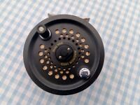 Shakespeare Magnum 140D disc drag salmon reel AND 2 Fly Max 378 trout fly reel