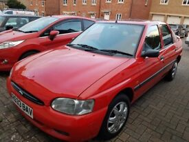 Ford Escort 1.6 Auto ONLY 38700 miles