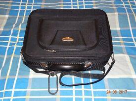 Assoda (Hard) Shoulder Bag