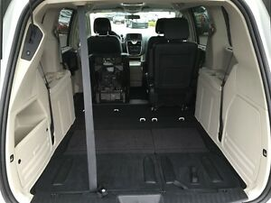 2016 Chrysler Town & Country Touring L Pwr.Sliding Doors|Heated  Peterborough Peterborough Area image 19