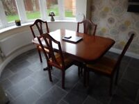 Mahogany Effect Dining Table with 6 Chairs inc. 2 Carvers