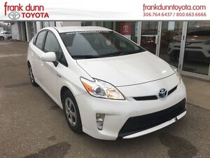 2012 Toyota Prius PST PAID **$1000 FREE Winter Tire Credit**