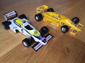 Burago 1/24 scale model Willims Honda Turbo and Lotus Honda Turbo F1 cars
