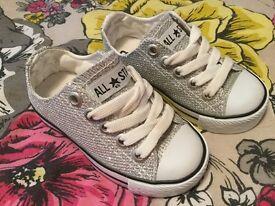 Toddler 4 silver glitter converse