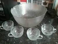 Frosted glass cocktail/punchbowl with 4 matching cups