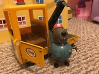 Peppa pig - Grandpa dog and recovery truck