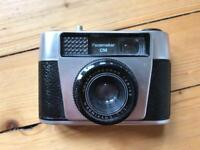 Pacemaker CM 35mm film camera perfect condition. Photography
