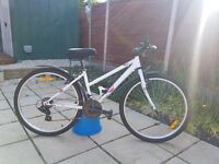 Womans bike like new, purchased from decathalon last year for £120 only used twice.