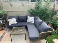 Nearly new garden sofa & table. £700