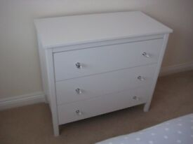 White 3 drawer chest, with christal knobs.