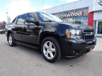 2010 Chevrolet Avalanche LT w/1SD\4x4\Heated Leather Seats\Autom