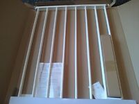 Wall Fix Metal Extending Gate (White) new in box