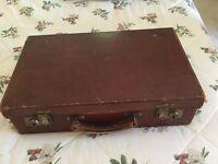 Vintage Leather Briefcase/Suitcase in excellent condition