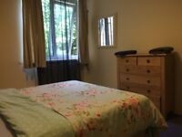 STUNNING DOUBLE ROOM AVAILABLE IN BARNES,ALL BILLS INCLUSIVE