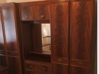 Large wardrobe set, all in ex, cond, could deliver