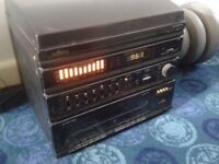 Retro Saisho hifi unit with two matching speakers