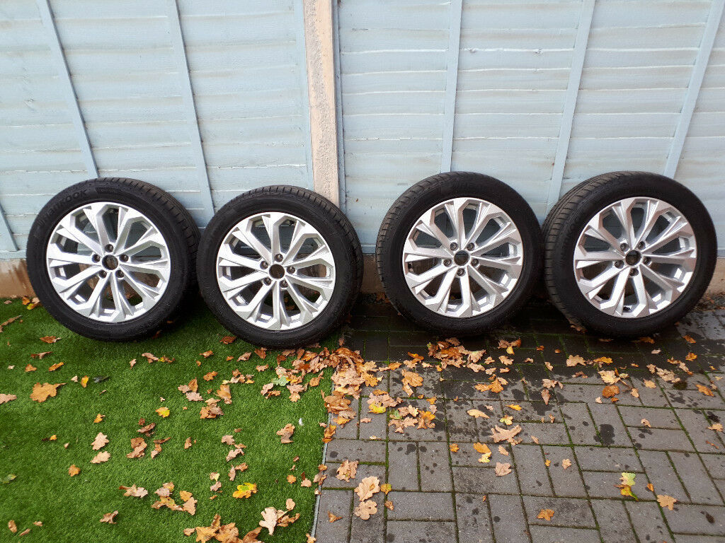 Audi A4 B9 17 Genuine Alloy Wheels In Crewe Cheshire