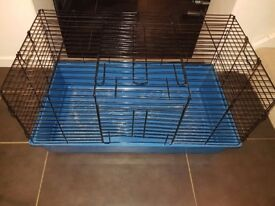 FREE | Indoor Guinea Pig cage, perfect to keep over night in during winter