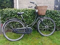Ladies Dutchie town bike new Dutch hybrid bicycle in great condition can deliver