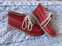 Size 6 kickers