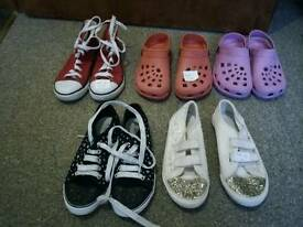 GIRLS SHOES.