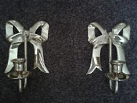 2 wall candel (in the shape of bows) Candelarbra £5
