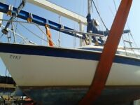 Sailing Boat - 4 Berth 19 Footer. Easy single handed sailing with space for four