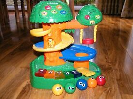 Great toddler toy / Vtech discovery tree