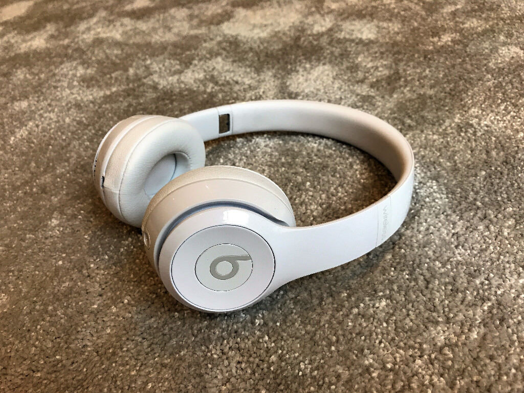 Beats Solo 3 Wireless Headphones - White  9c33c5720