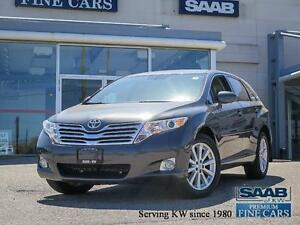 2011 Toyota Venza AWD  2.7L 4 CYL  LOW KILOMETERS!!