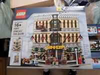 Lego Creator Grand Emporium Modular (Lego Set 10211) Now retired